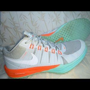 Nike Lunar Tr1 Women's Running Shoes - 652808-013